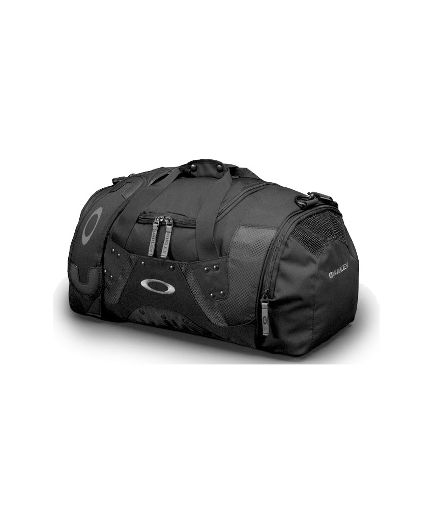 fe28eb4e8572 Oakley Carry Duffel Bag « Heritage Malta