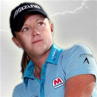 Stacy Lewis Leads the Charge after First Round of U.S. Women's Open