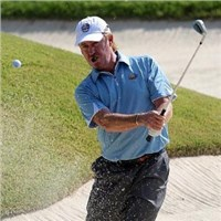 Jimenez honours Seve with opening tee shot