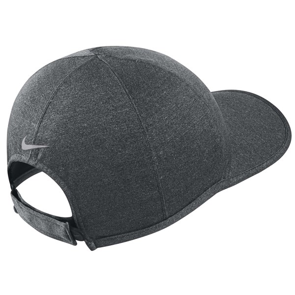 Nike Ultralight Storm Fit Cap 2015  1707a566de6
