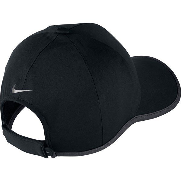 aee487c51f5 Nike Ultralight Storm Fit Cap. Double tap to zoom. 1  2